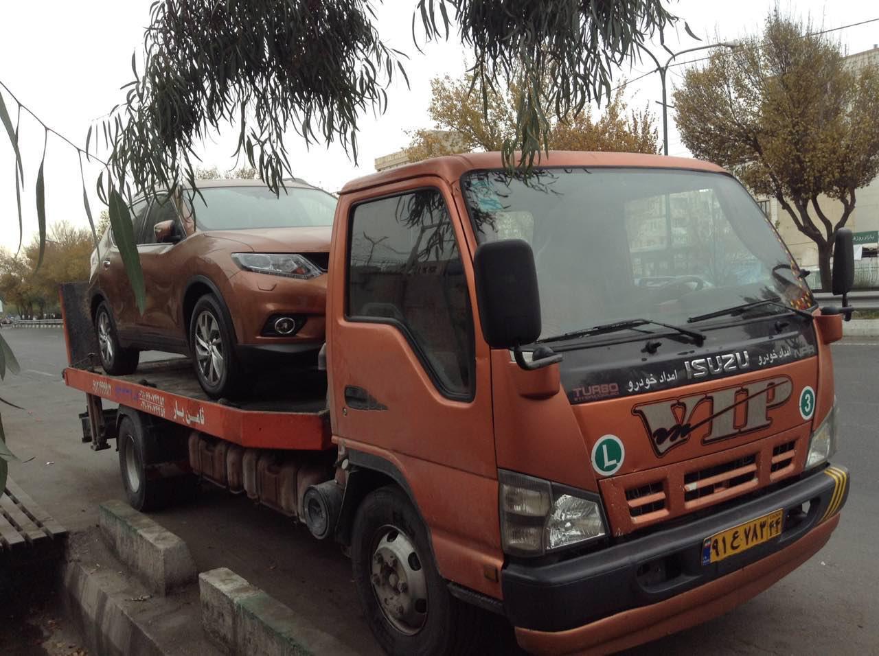 حمل خودرو به آستانه اشرفی