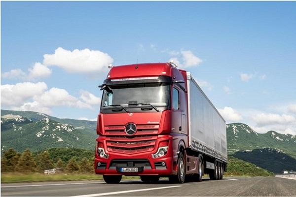 حمل بار تریلی اراک با ارزان ترین قیمت